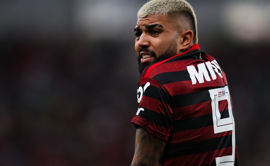 Gabriel Barbosa lamenta em campo pelo Flamengo(2019 Getty Images, Getty Images South America)
