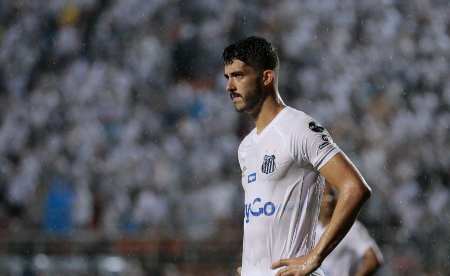 Zagueiro de rival pode estar pintando no Corinthians em 2020
