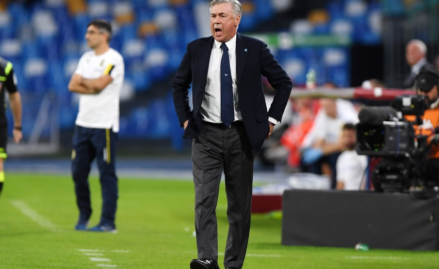 Ancelotti brincou com interesse de Ibrahimovic após partida do Napoli(2019 Getty Images, Getty Images Europe)
