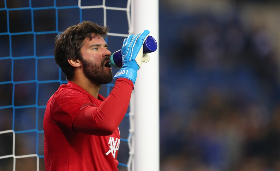 Alisson criticou retrospecto defensivo do Liverpool na temporada(Getty Images)