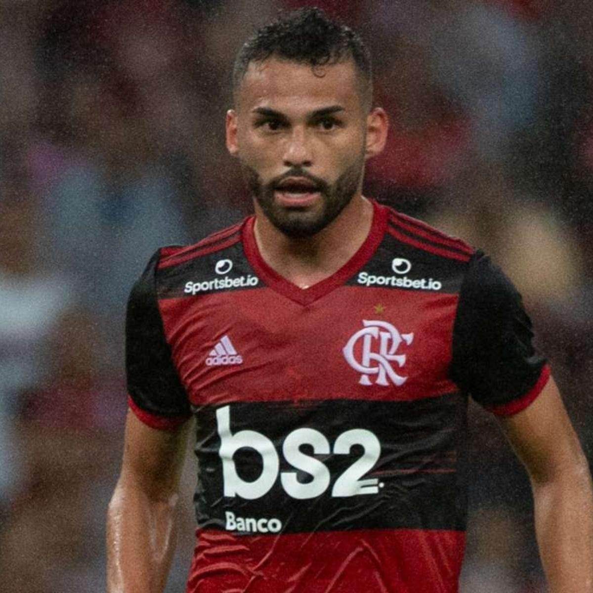 Thiago Maia responde bem aos treinos e se aproxima de retorno no Flamengo