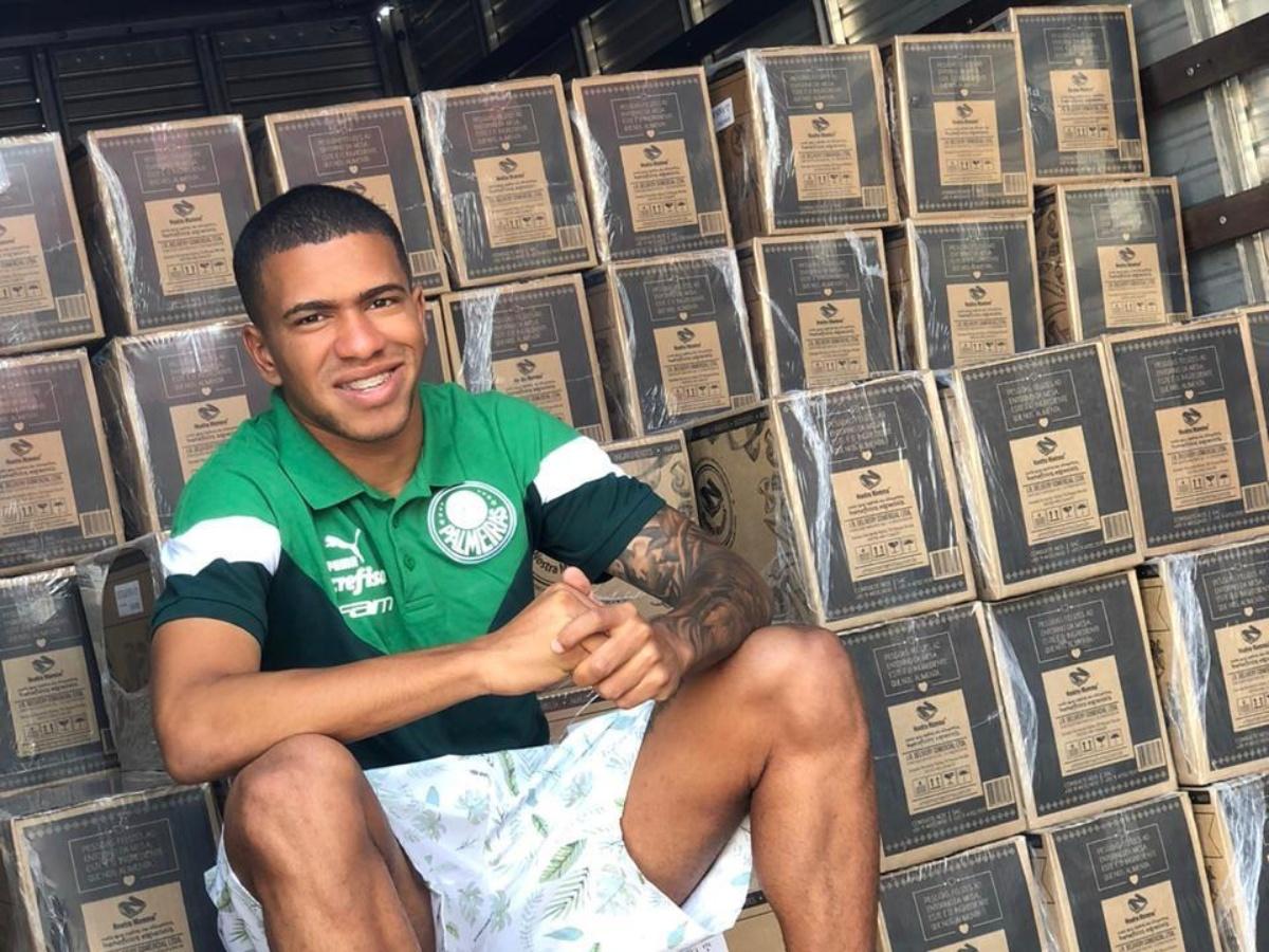 Exclusivo Lucas Esteves Diz Se Sentir Honrado De Poder Ajudar Comunidades Carentes Esporte Interativo