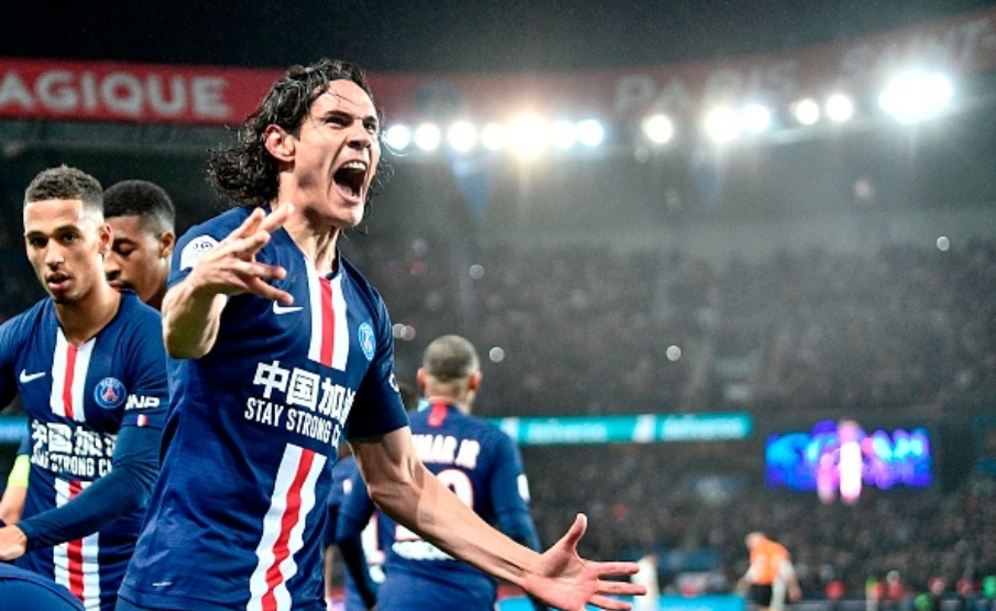 Edinson Cavani é o maior artilheiro da história do PSG(AFP via Getty Images)