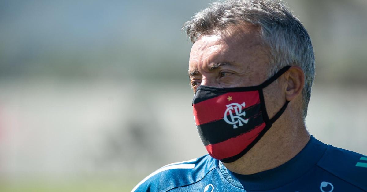 Domènec Torrent vira alvo da torcida depois que Flamengo foi ...