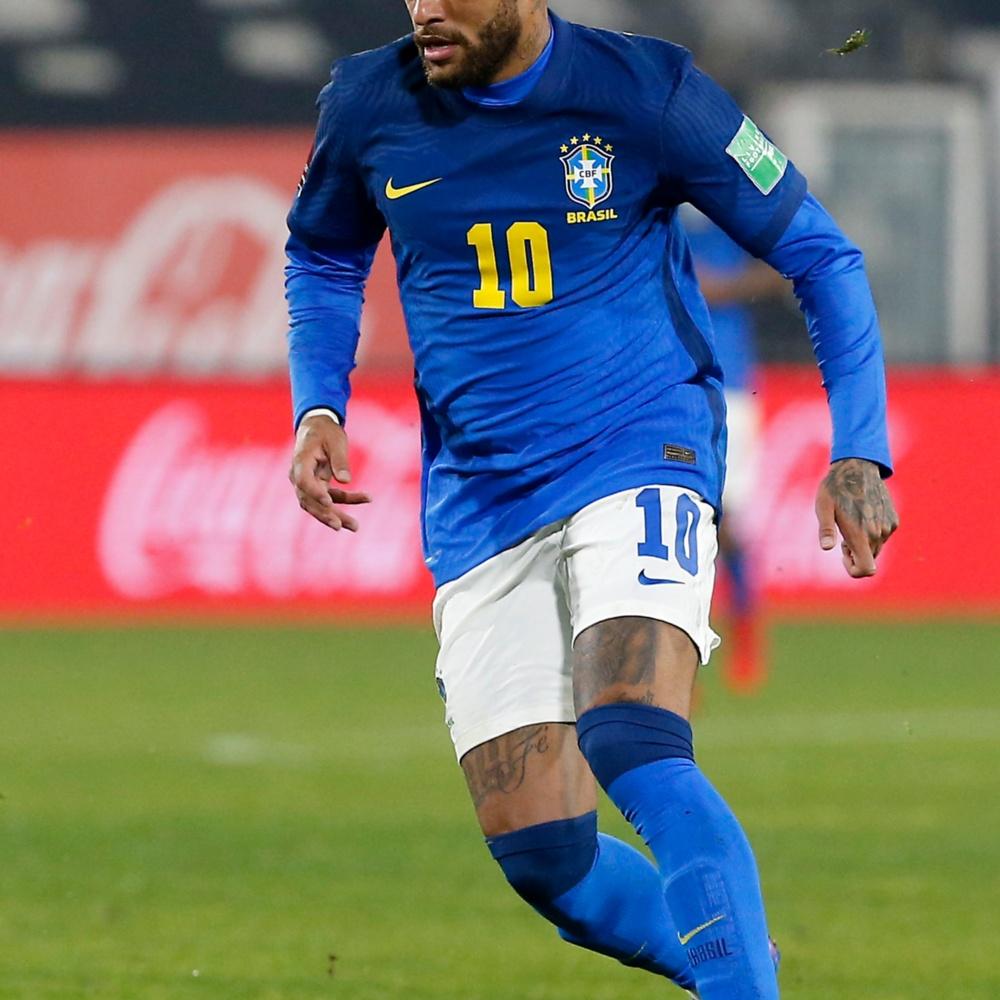 """Neymar solta indireta e rebate críticas de que está """"fora de forma"""""""