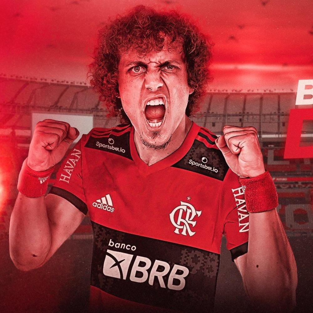 É OFICIAL! Flamengo anuncia a contratação do zagueiro David Luiz
