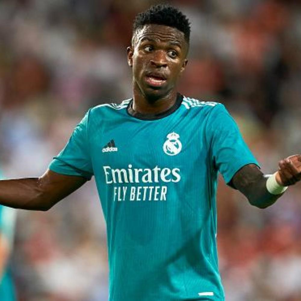 Vini Jr. volta a decidir para o Real Madrid e tem nome exaltado nas redes sociais