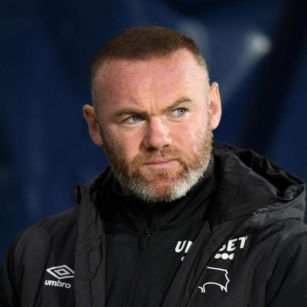 Derby County, time treinado por Rooney, perde 12 pontos e vira lanterna da Championship