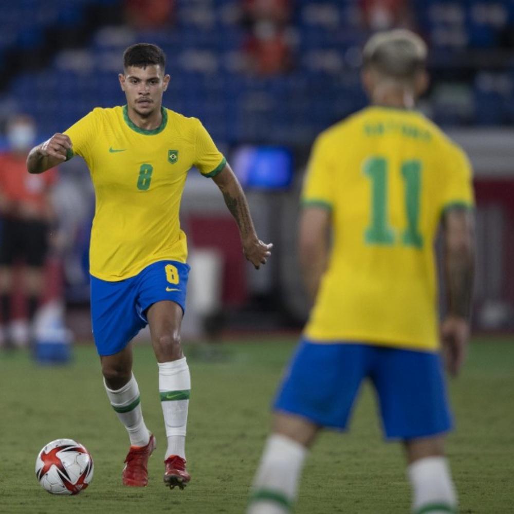 Torcedores reclamam da ausência de Bruno Guimarães na seleção: 'Merecia demais'