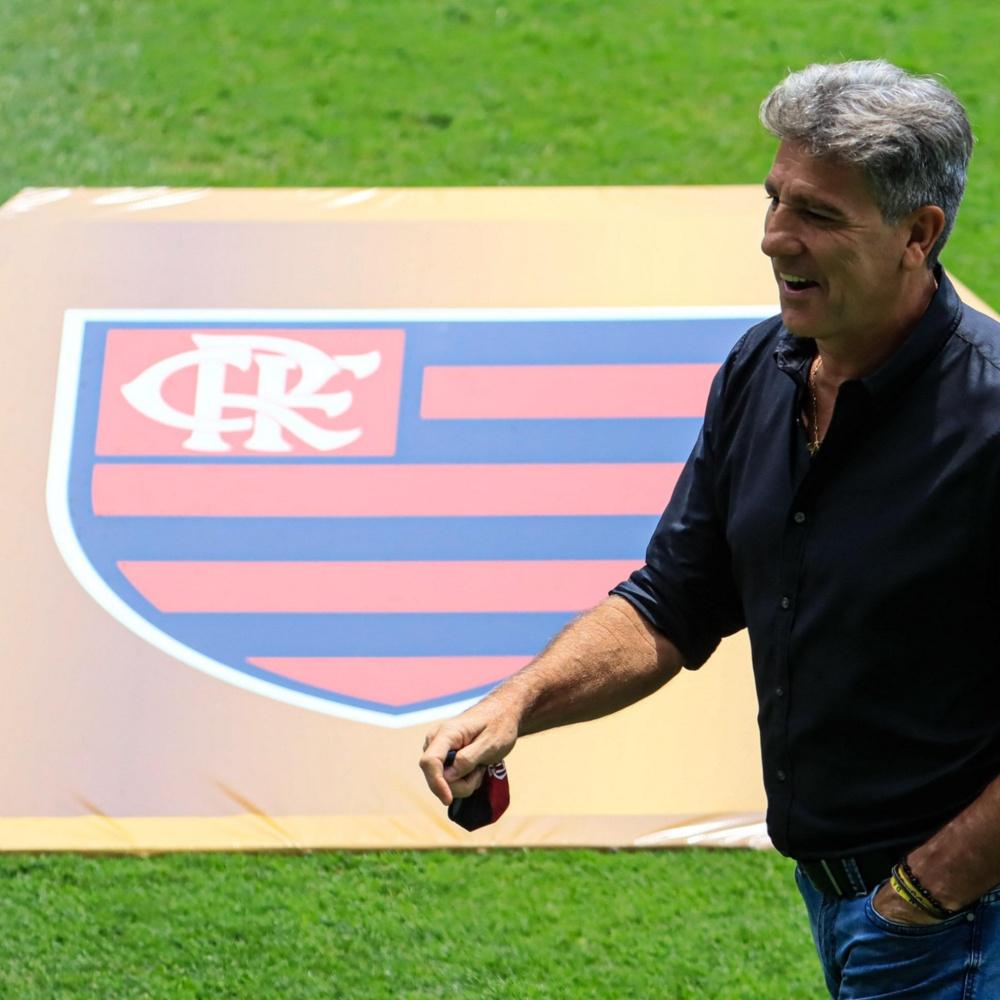 Renato é criticado por torcedores após empate com América-MG: 'Desistiu do Brasileirão'