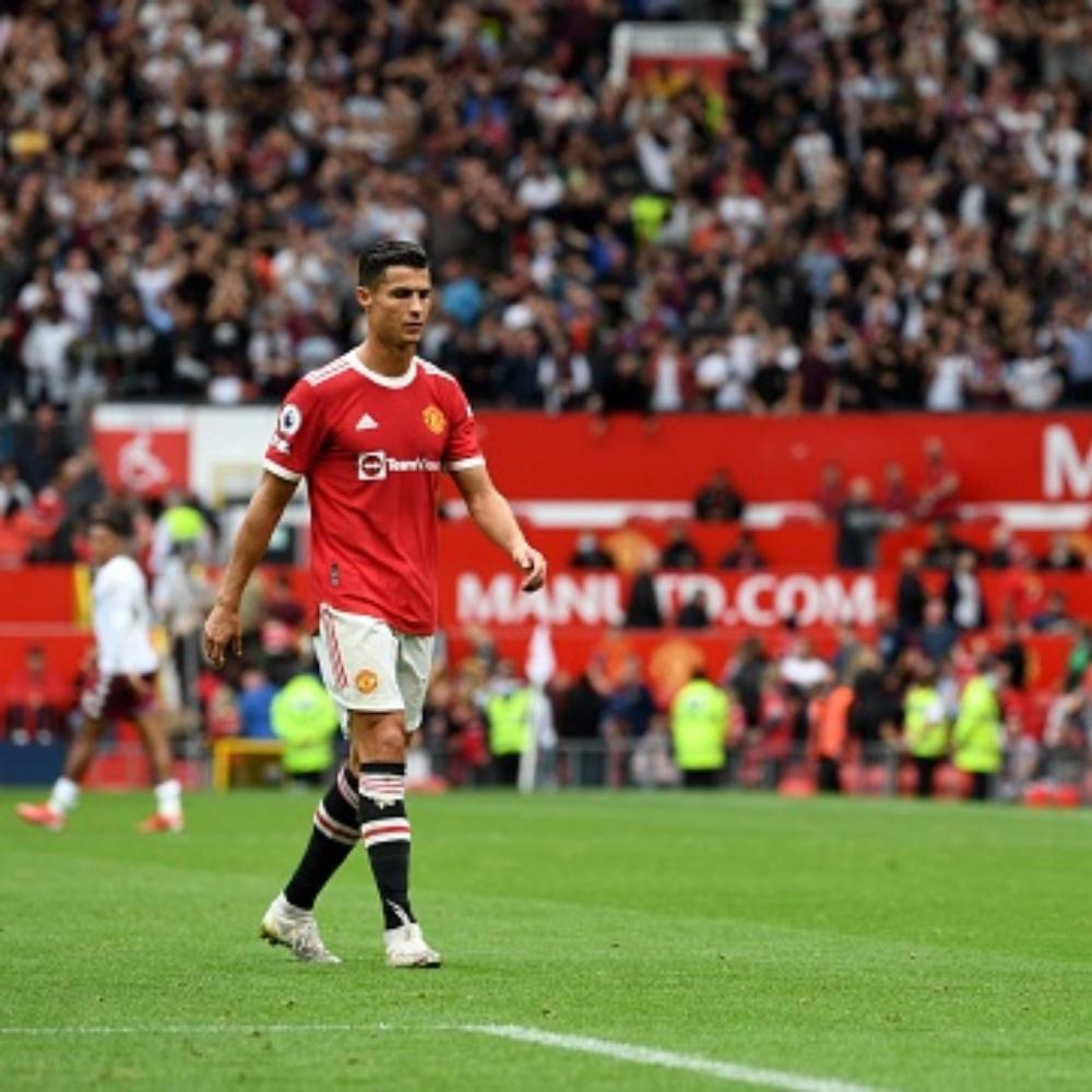 Cristiano Ronaldo muda cardápio e cria racha no elenco do United, diz jornal