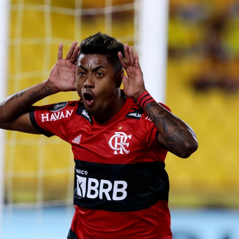 Técnico Ramon Menezes elogia Bruno Henrique: 'queria no meu time'