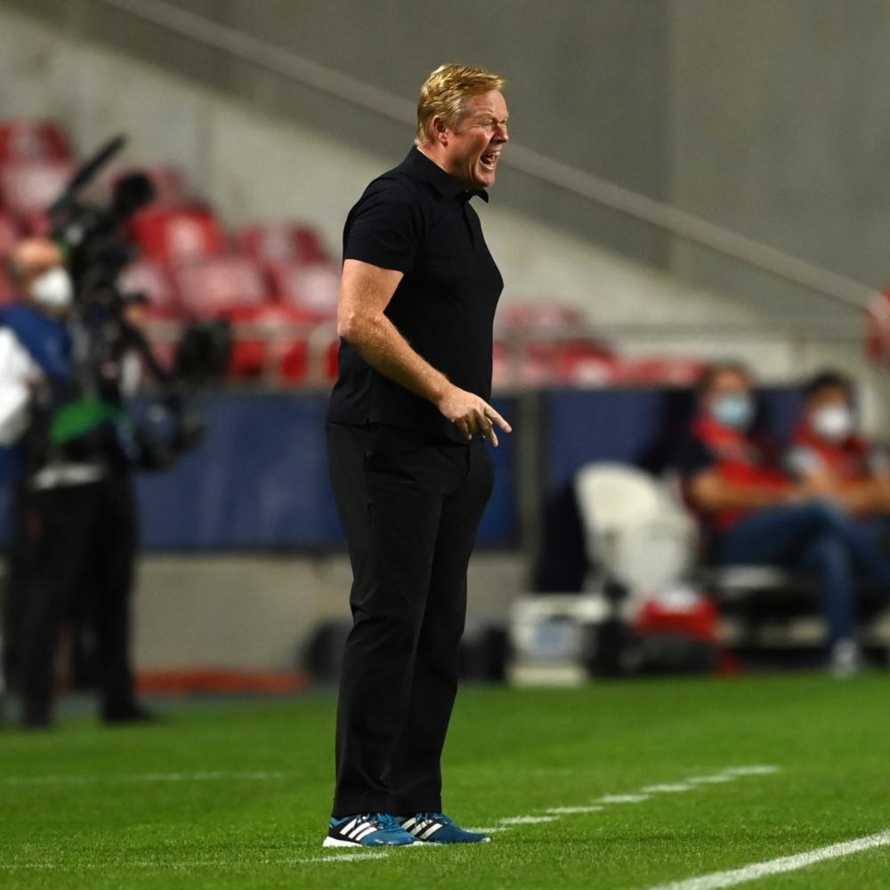 Direção do Barcelona mantém Koeman no cargo até jogo contra o Atlético de Madrid