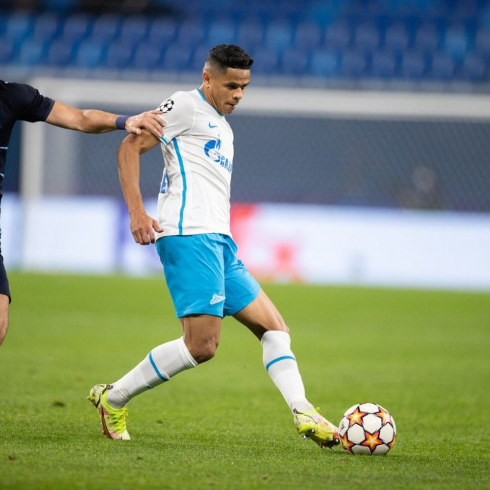 Douglas Santos é o único brasileiro na seleção da 2ª rodada da Champions League
