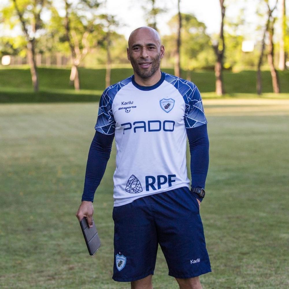 Edinho, filho de Pelé, assume o comando técnico do sub-19 do Londrina