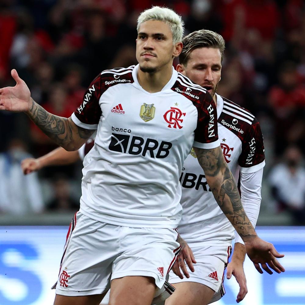 Flamengo informa que Pedro concluiu artroscopia no joelho e iniciará fisioterapia na quarta (27)