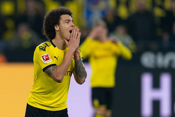 DORTMUND, GERMANY - NOVEMBER 22: Axel Witsel of Borussia Dortmund looks dejected during the Bundesliga match between Borussia Dortmund and SC Paderborn 07 at Signal Iduna Park on November 22, 2019 in Dortmund, Germany. (Photo by TF-Images/Getty Images)