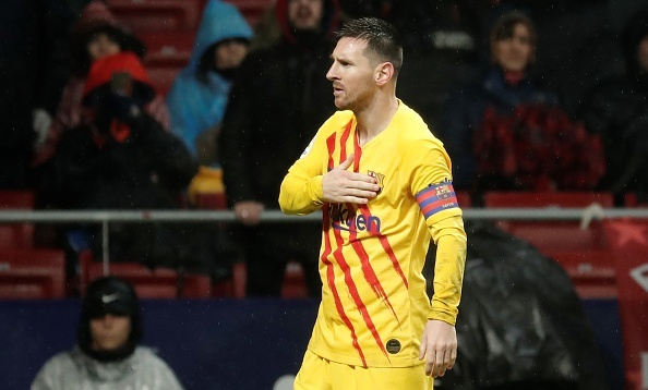 MADRID, SPAIN - DECEMBER 1: Lionel Messi of Barcelona celebrates after scoring a goal during the La Liga 15th week match between Atletico Madrid and Barcelona at the Wanda Metropolitano in Madrid, Spain on December 1, 2019. (Photo by Burak Akbulut/Anadolu Agency via Getty Images)